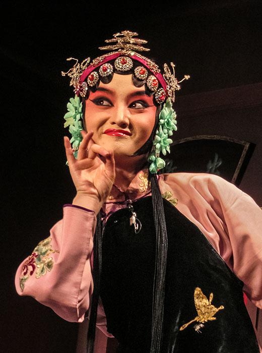 /product//opera-performer-nanjing-folk-museum/