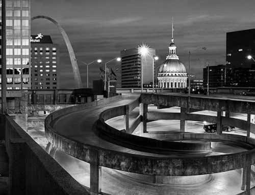 The Arch and the Old Courthouse, Twilight