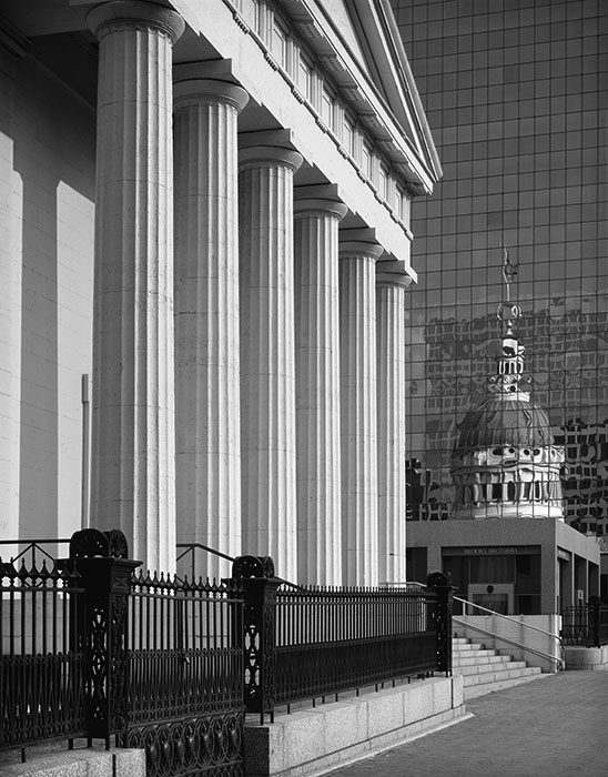 /product//the-old-courthouse-and-reflection-2/