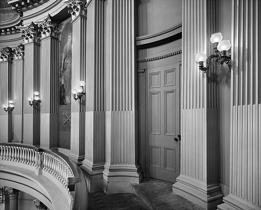/product//third-floor-gallery-the-old-courthouse-2/
