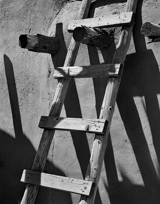 /product//ladder-taos-pueblo-new-mexico/
