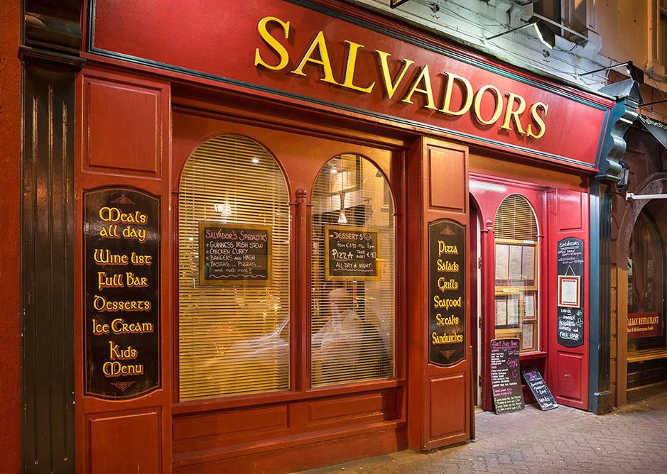 /product//salvadors-pub-killarney-2/