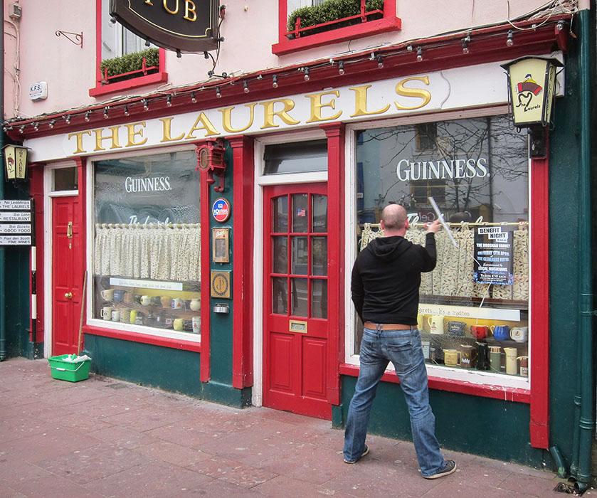 /product//the-laurels-pub-killarney-2/