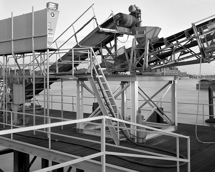 /product//barge-pier-port-of-st-louis-2007/