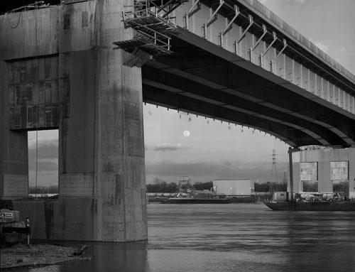 Moonrise, Poplar Street Bridge, 2018
