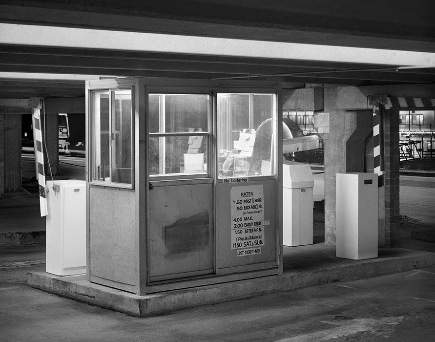 /product//parking-garage-booth-riverboat-night-lacledes-landing-1982/